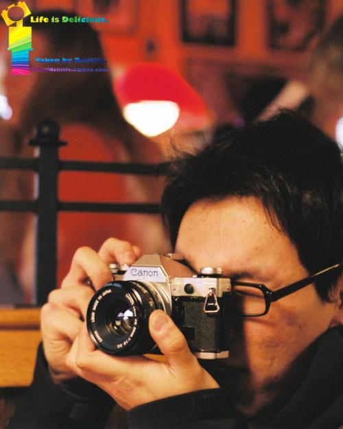 사진을 찍는다.
