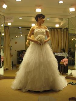 사랑: 결혼준비..드레스 고르기
