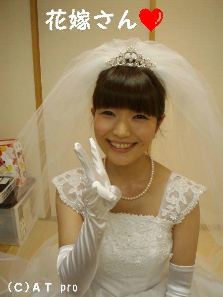 성우 이나무라 유나씨 결혼식 사진, 부케는 기부 유..