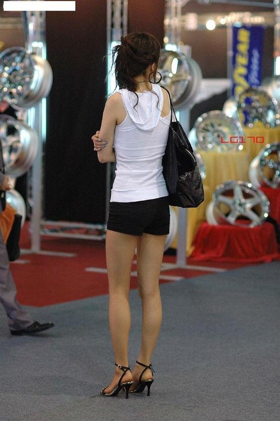 ◎街中で歩いている女性の美脚でしかヌけない人◎YouTube動画>3本 ->画像>828枚