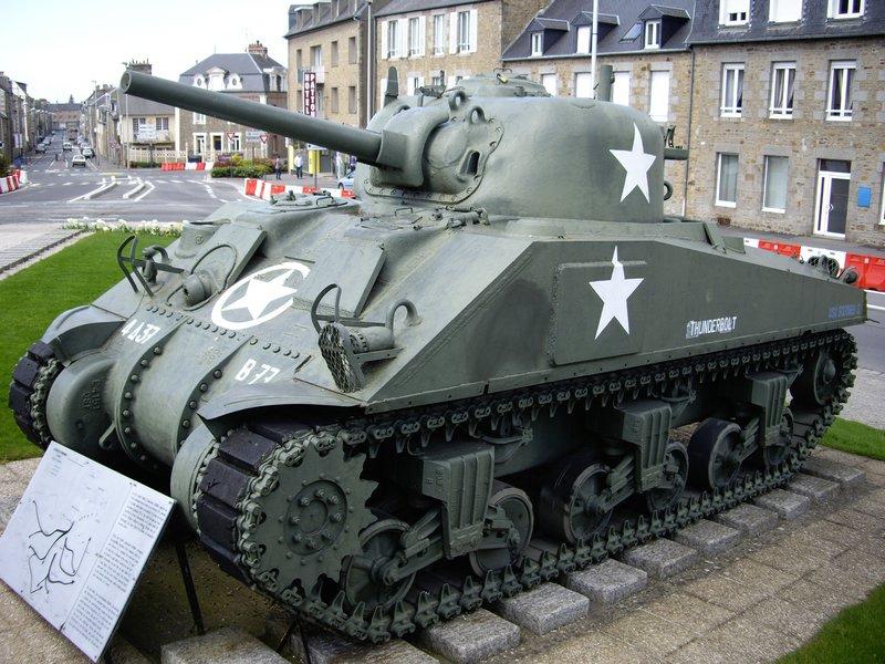 전후 프랑스의 M4 셔먼은 어떻게 되었는가?