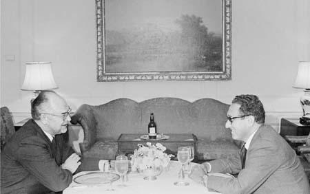 전쟁1일차- 키신저의 소련 외교(4)
