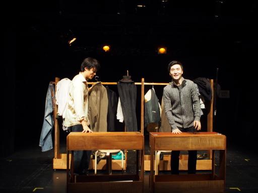 연극 '배우할인' - 무대 뒤 배우들의 분장실 이야기
