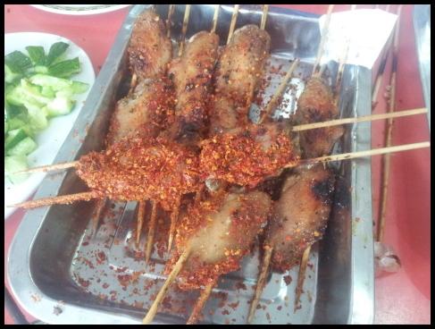 북경 왕징의 변태 닭날개 꼬치 구이