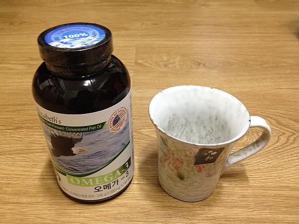 오메가3와 화풍 머그컵