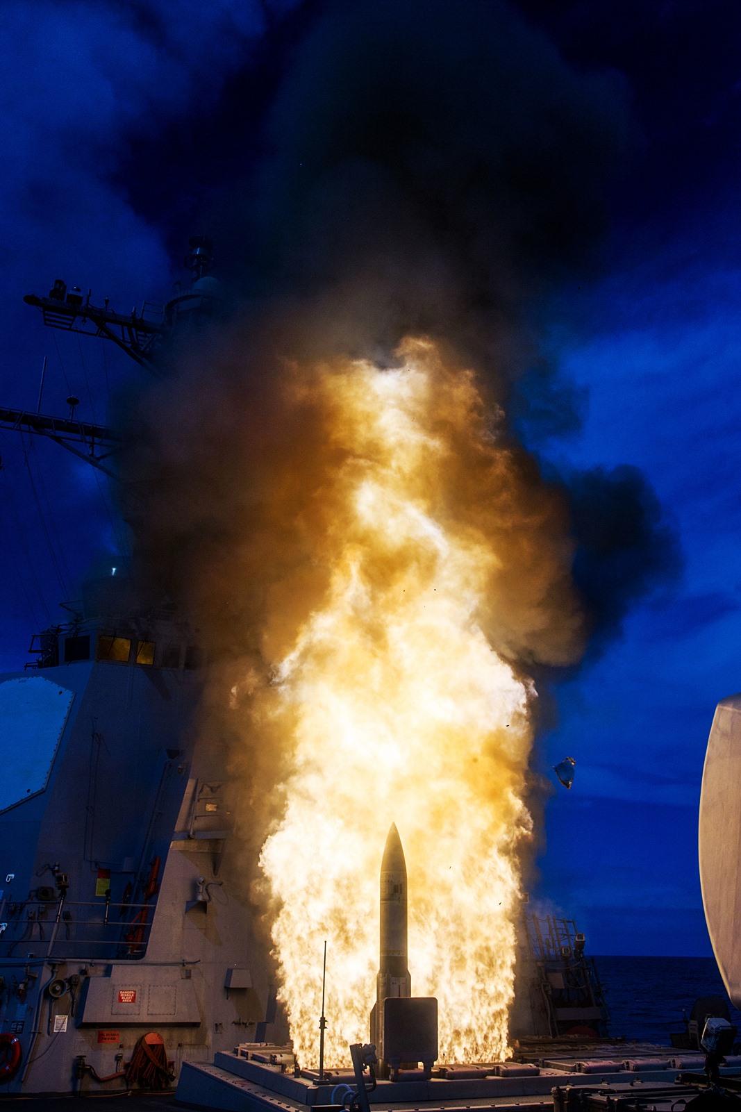 미해군 SM-2 Block IIIA 요격미사일 발사시험