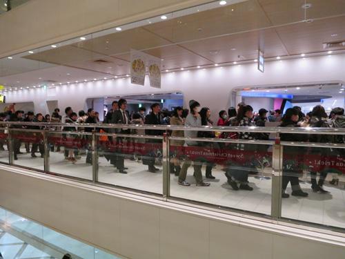 포켓몬 센터 메가 도쿄, 오픈 이후 3일간 약 1억엔의..
