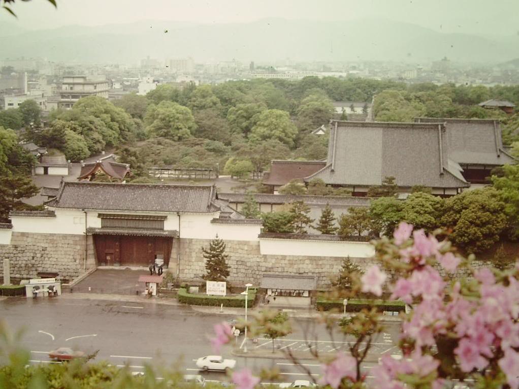 사진으로 보는 戰後 30년의 일본 (3)