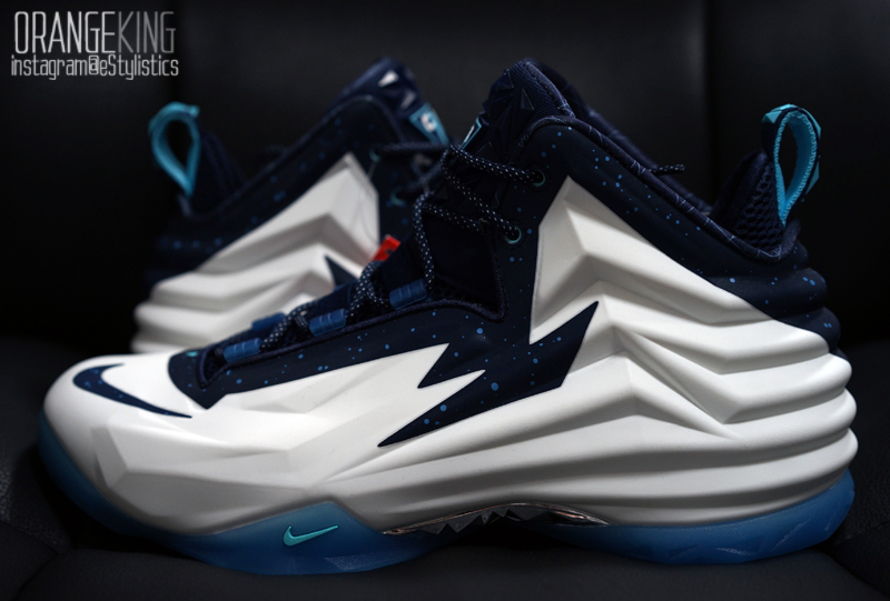 CHUCK POSITE 'Glow int the Dark'
