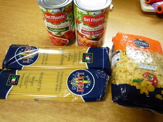 스파게티 토마토 소스와 면 세트