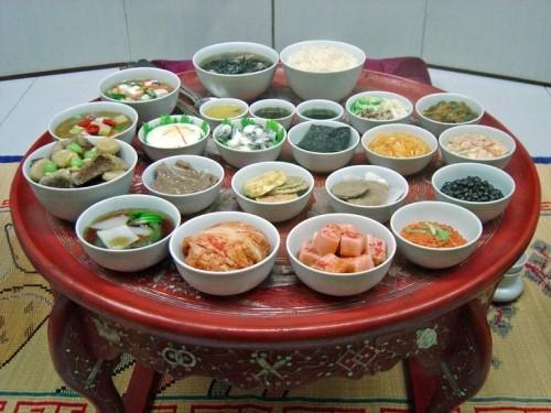 아시아의 다양한 요리들