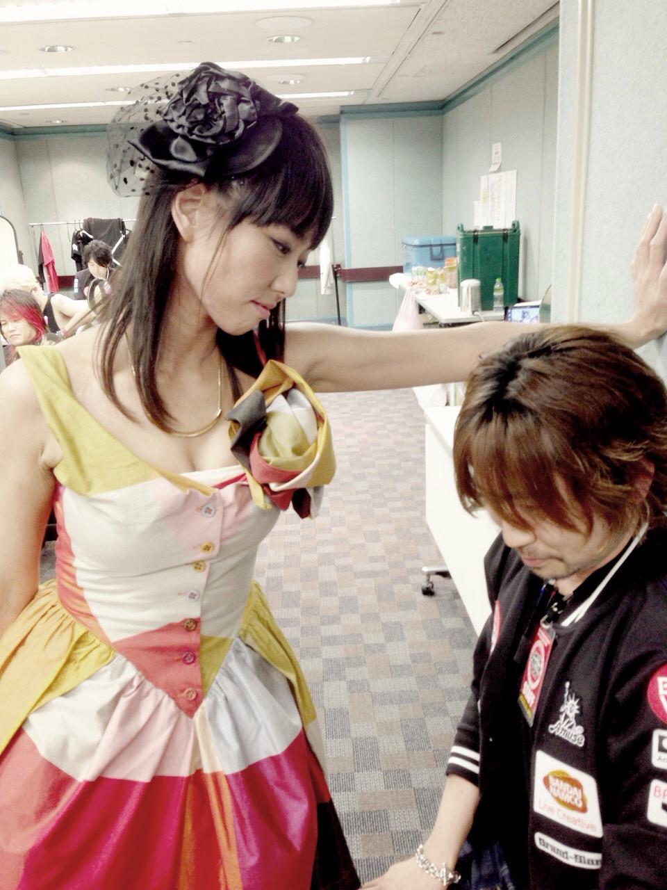 여성 싱어송 라이터 '하시모토 미유키'씨의 사진이 ..