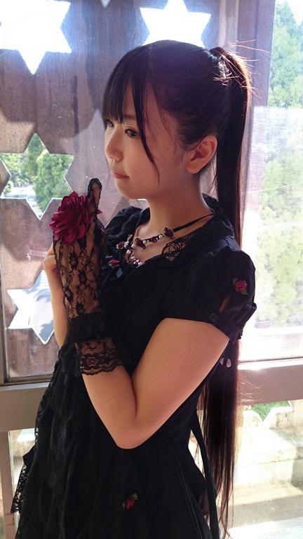 성우 코이와이 코토리가 자신의 블로그에 올린 사진