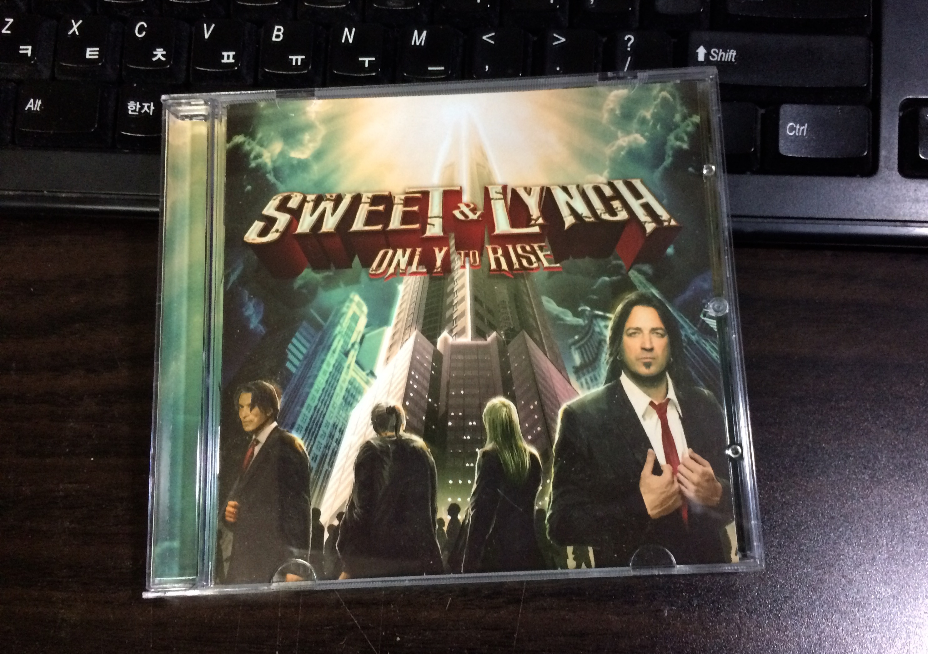 Only To Rise - Sweet & Lynch / 2014