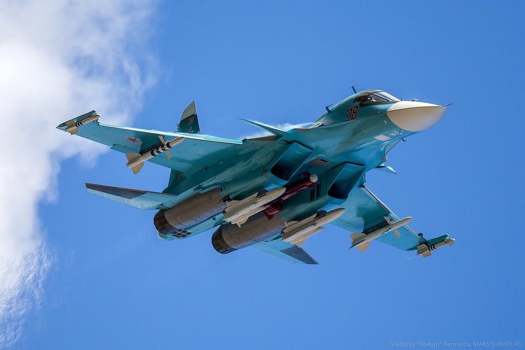 현 러시아 주력 전폭기가 되어가고 있는 Su-34