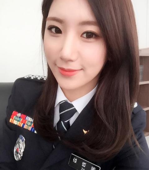 부산의 미녀경찰