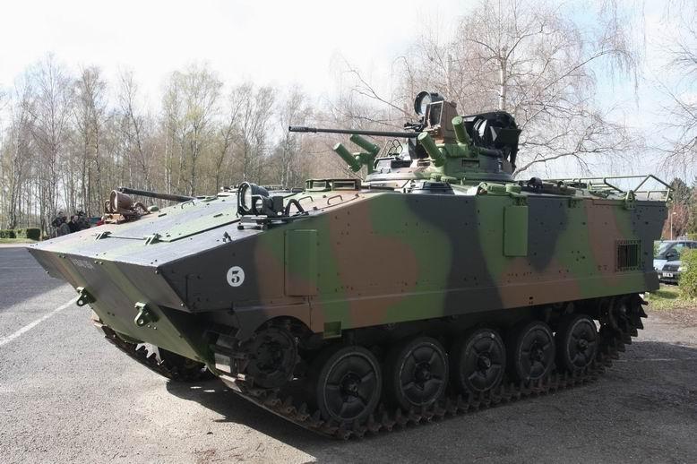 [프랑스 병력수송차량] AMX-10P