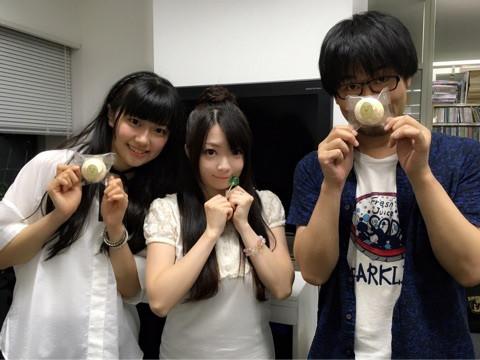 성우 미사와 사치카의 사진, 와시자키 타케시 및 R..