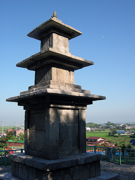 군산 탑동 삼층석탑