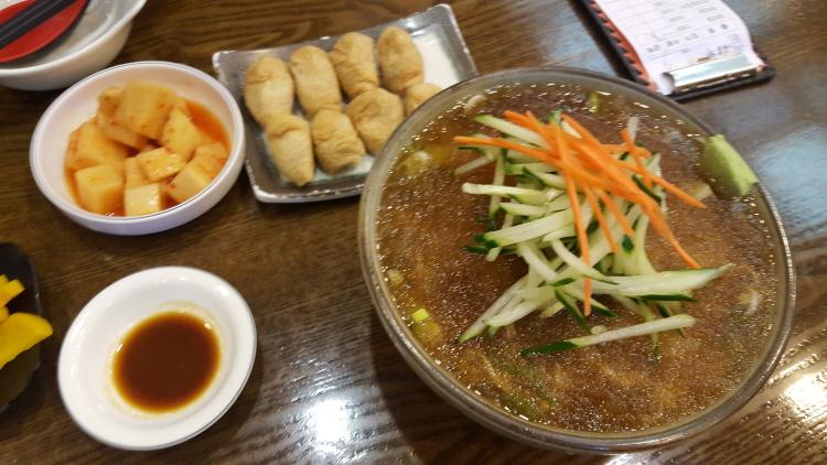 압구정 하루 냉모밀, 유부초밥 + 잠실야구장