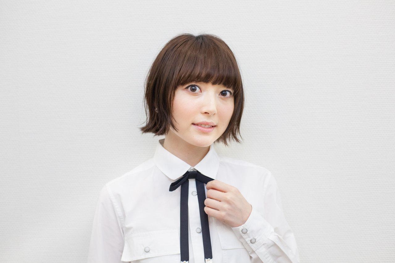 성우 하나자와 카나씨의 사진, 3월의 라이온 관련 ..