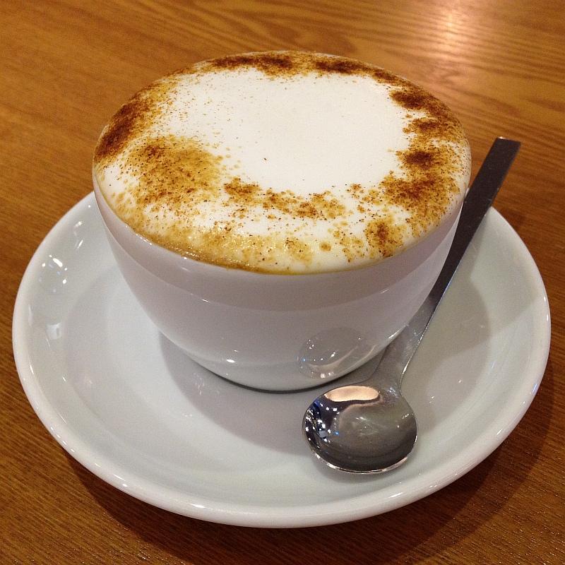 팔공산 '커피앤스토리'에서 허니카푸치노