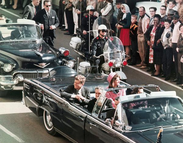 1963년 케네디 암살과 베트남 철수 신화.