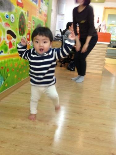 걸음마, 육아지원센터, 놀이