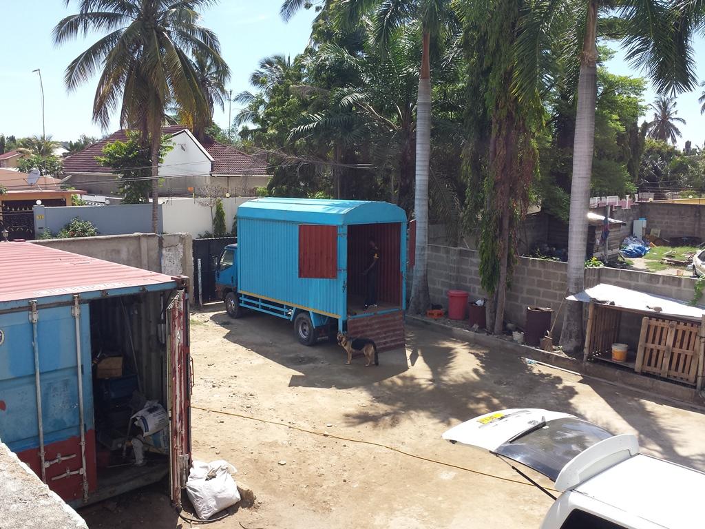 [탄자니아] 책상 배달 준비 완료