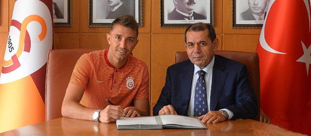 페르난도 무슬레라 갈라타사라이와 2021년까지 재계약!