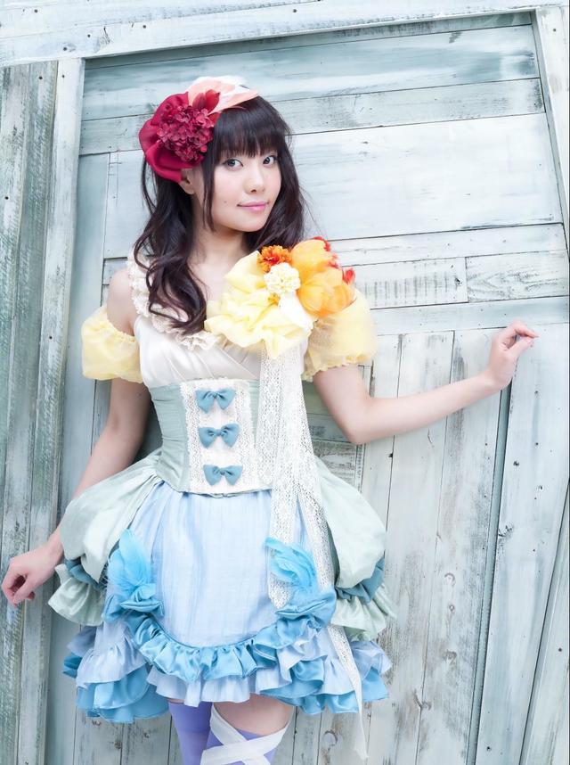 성우 요네자와 마도카, 작년에 결혼했으며 현재 임..