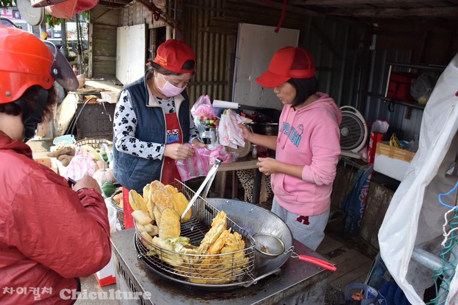 타이베이 평등리平等里 마을 주말만 파는 고구마튀김