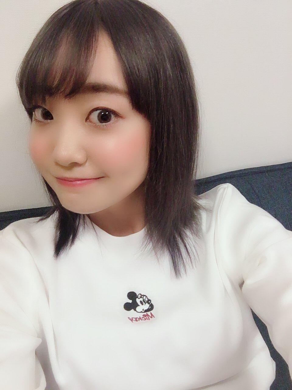 성우 오오하시 아야카가 머리색을 바꿨다면서 자신의..