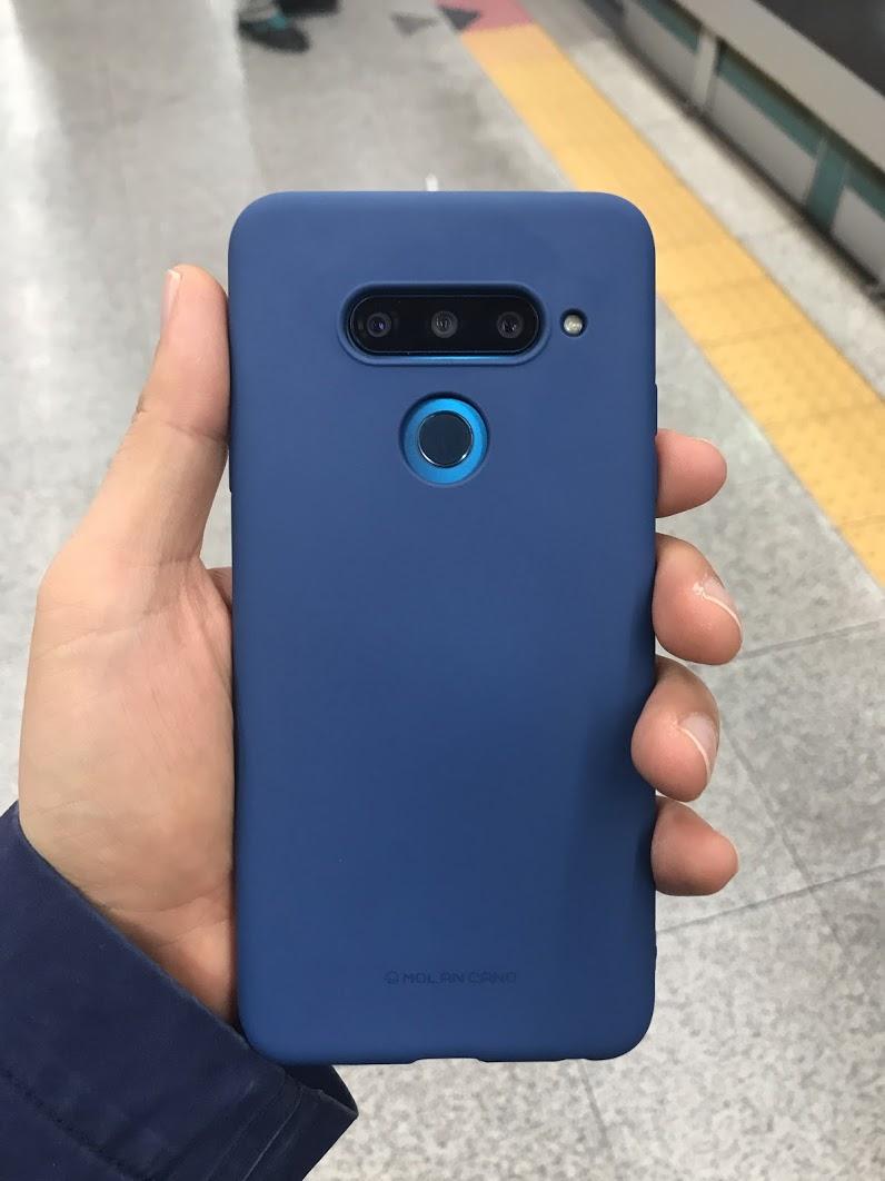 의외로 쓸만한 V40 스마트폰 케이스, SF 젤리