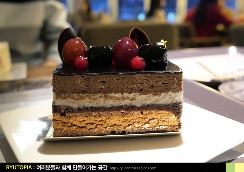 2018.12.16. 고르드(신촌 - 창천동) / 조각처럼 ..