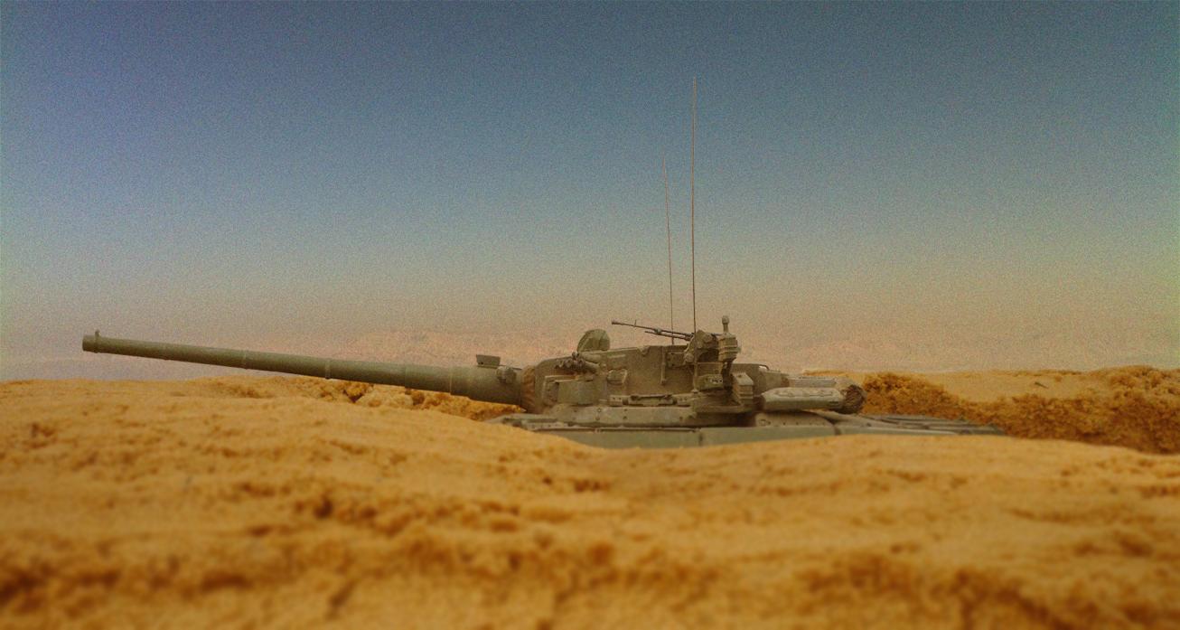 이라크의 모래평원속 소련의 비밀전차.. (?!)