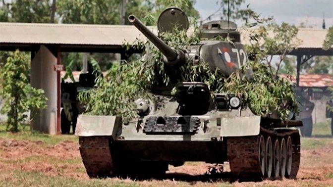 이번에 라오스에서 러시아로 왔다던 '애국' T-34의 ..